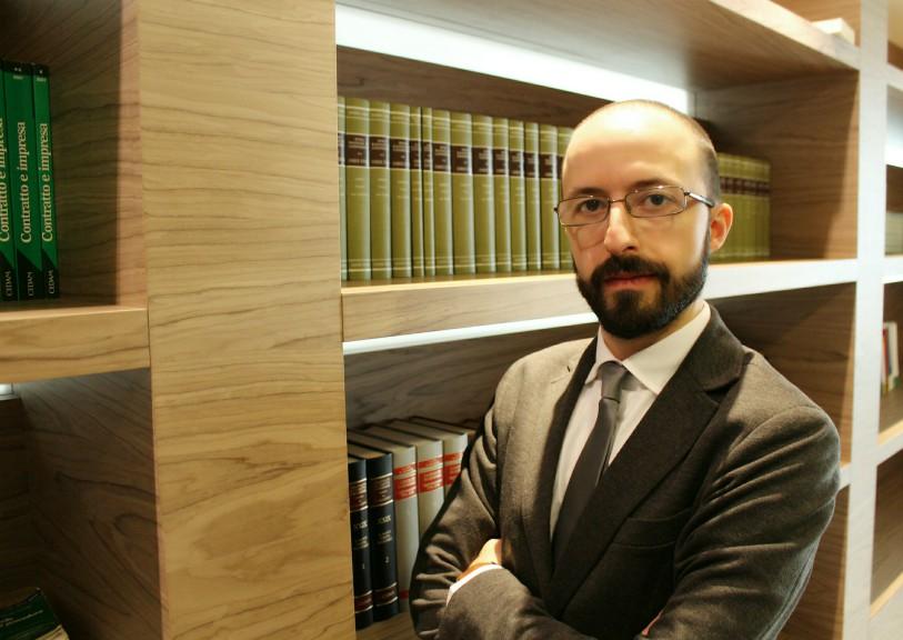 Avv. Roberto Loizzo Penalista e Criminologo Bari